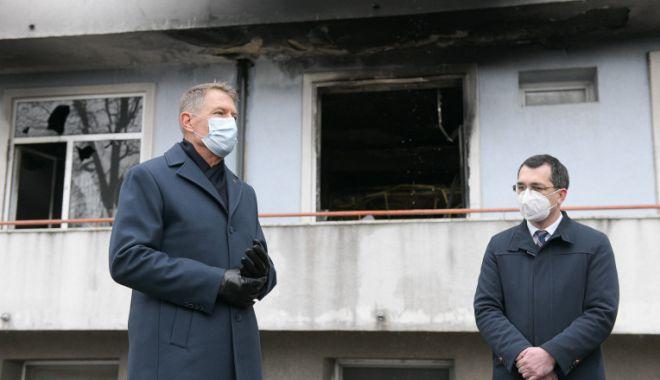 """Klaus Iohannis: """"Oamenii vor politicieni care își asumă proiectele"""" - iohannisvoiculescu-1619112965.jpg"""