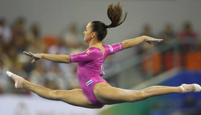Foto: Gimnastică artistică: Loturile României pleacă la Glasgow, pentru Campionatele Mondiale