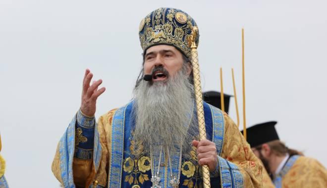 Foto: Ziua Marinei Române / IPS Teodosie a început ceremonia religioasă