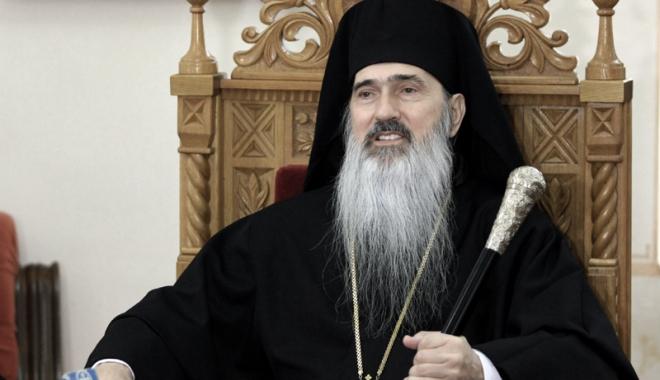 """Foto: IPS Teodosie: """"Înaintea lui Dumnezeu nu îți pierzi niciodată șansa de a fi iertat"""". Ce s-a întâmplat cu preotul Ciprian Guriță"""
