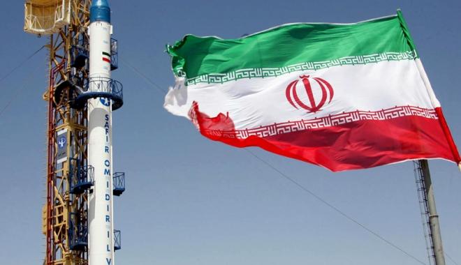 Foto: Iranul avertizează  că mărește raza de acțiune  a rachetelor dacă  este amenințat de Europa
