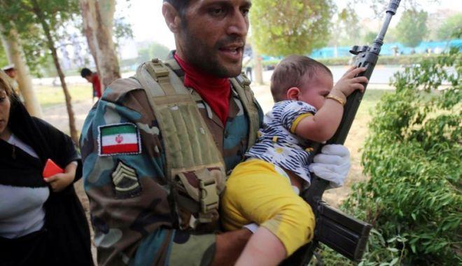 Foto: Iranul ameninţă SUA şi Israelul cu un răspuns devastator după atentatul de la Ahvaz