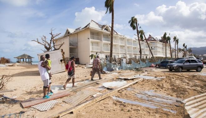 Foto: Vedetele lăsate fără casele de lux de uraganul Irma
