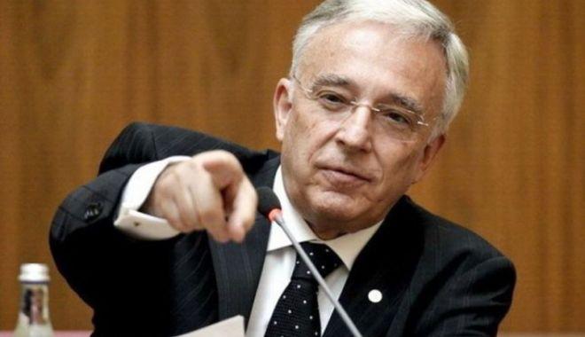 Foto: Isărescu îndeamnă băncile să crediteze economia reală