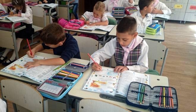 Foto: ISJ Constanţa caută învăţători şi educatori