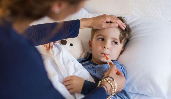 Foto: MEDIC: Numărul copiilor tratați pentru afecțiuni respiratorii a crescut. Ce este de făcut