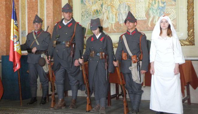 Foto: De la proclamarea Independenţei României, la Ziua Europei Unite