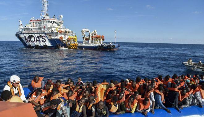 Foto: Italia va accepta migranţii salvaţi pe mare pe parcursul negocierilor europene