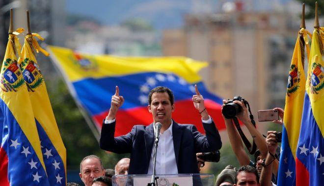 Foto: Italia nu îl recunoaşte pe Juan Guaido ca preşedinte al Venezuelei