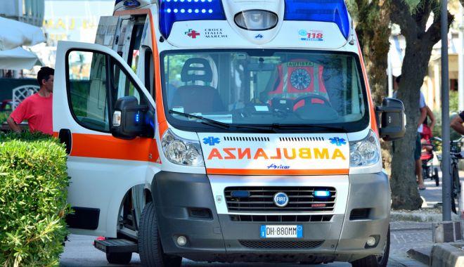 Foto: Român mort în străinătate după ce a fost ținut șase ore în ambulanță