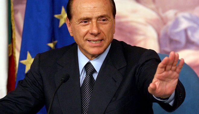 Foto: Italia: Berlusconi îl sprijină pe Liderul  Ligii Nordului pentru funcția de premier