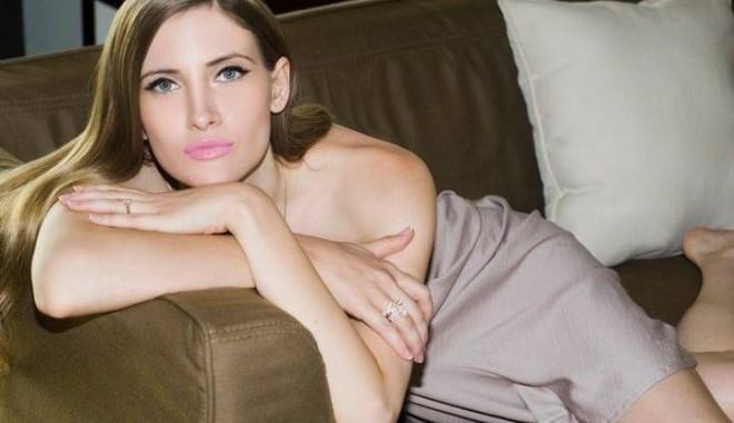 """Foto: Se naşte un nou scandal? Cine este noua """"victimă"""" a Iuliei Albu"""