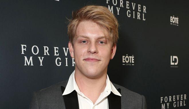 Foto: Un actor din serialul ''Modern Family'' a murit la 20 de ani