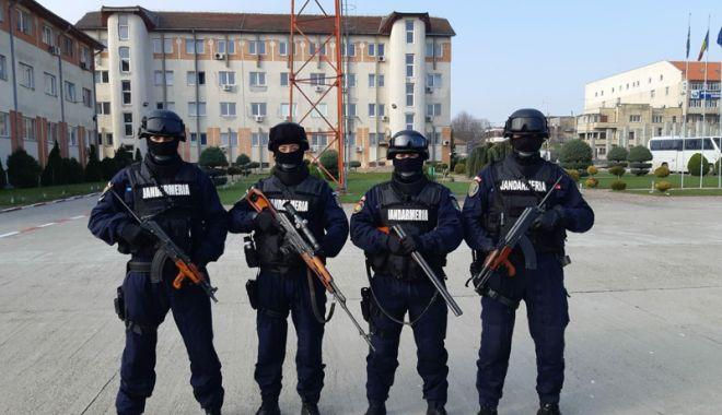 Foto: Vrei să te faci jandarm? Începe recrutarea pentru şcolile de militari