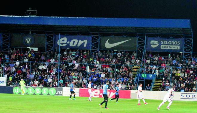 Foto: Jandarmii împânzesc Constanţa! Week-end dedicat fotbalului