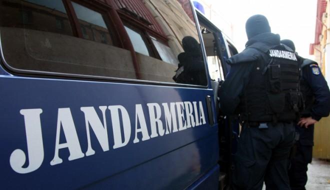 Foto: PERCHEZIŢII LA CONSTANŢA! Şase bărbați au fost reținuți