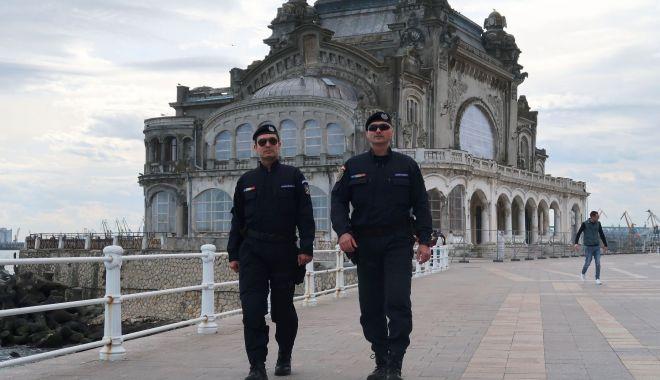 Foto: Jandarmii, la datorie  în perioada  mini-vacanţei de 1 Mai