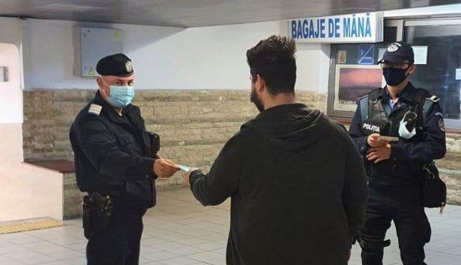 """Jandarmii, la """"vânătoare"""" de constănțeni fără măști de protecție! - jandarmimasca-1615573114.jpg"""