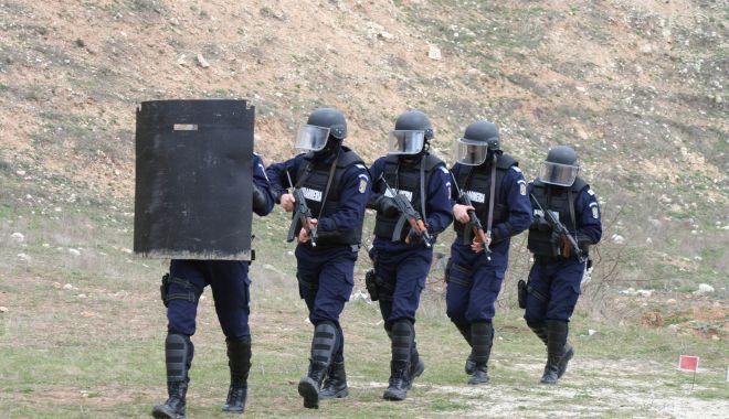 """Pandemia de COVID a """"tăiat"""" din tragerile la țintă ale jandarmilor din Constanța - jandarmitrageri1-1617383412.jpg"""