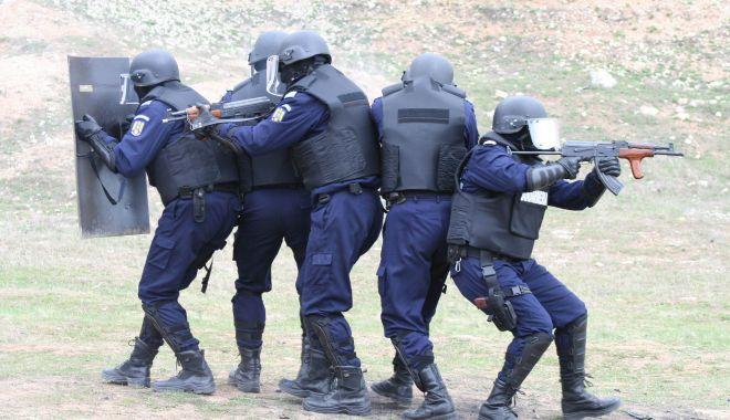 """Pandemia de COVID a """"tăiat"""" din tragerile la țintă ale jandarmilor din Constanța - jandarmitrageri2-1617383483.jpg"""