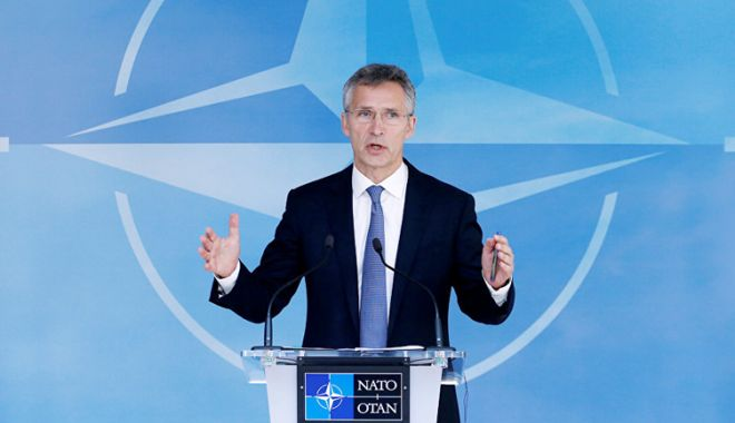 Foto: Jens Stoltenberg susţine o extindere a misiunii de instruire a NATO în Irak