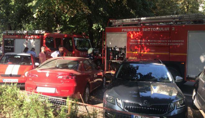 Foto: Explozie puternică într-un bloc din București