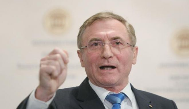 Foto: Augustin Lazăr, reacţie după anularea rechizitoriului în dosarul Mineriadei