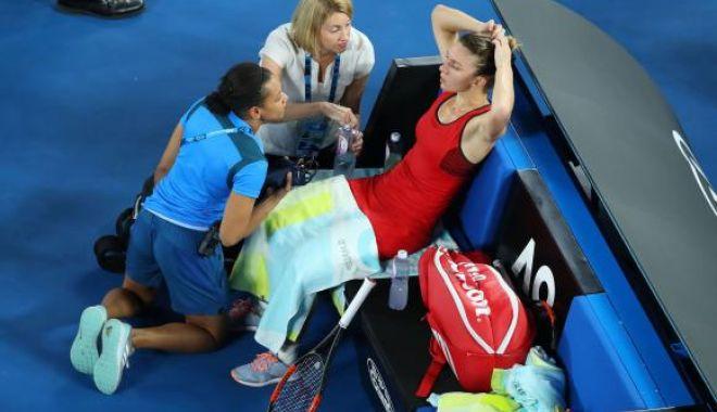 Foto: Controversă la AusOpen, după ce Simona Halep a ajuns la spital deshidratată