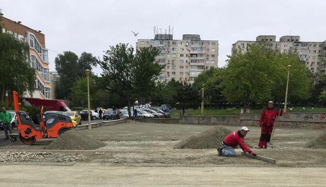 Foto: Reabilitarea locurilor de joacă din Constanţa continuă