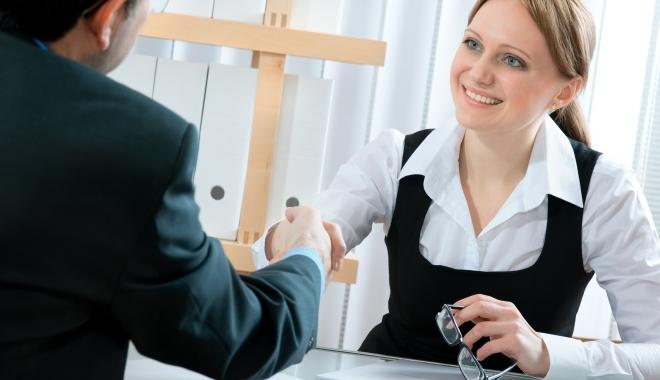 Foto: Vrei să te angajezi? Iată câte locuri de muncă sunt vacante