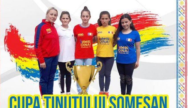 Foto: Jocul de oină în România, tot mai prezent în competiţiile de juniori