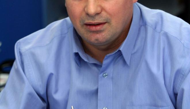 Schimb de generații în echipa de conducere a CS Farul Constanța - jos-1512497591.jpg