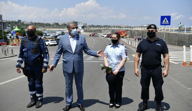 Foto: Eroi anonimi. Un polițist, un jandarm și un pompier din Constanța, modele de omenie!