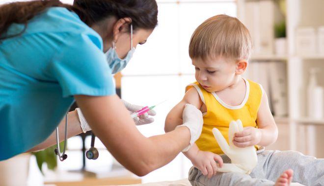 """Dr. Sorin Rugină, semnal de alarmă! """"Se recomandă vaccinarea tuturor copiilor, indiferent de vârstă!"""" - jos-1627065672.jpg"""