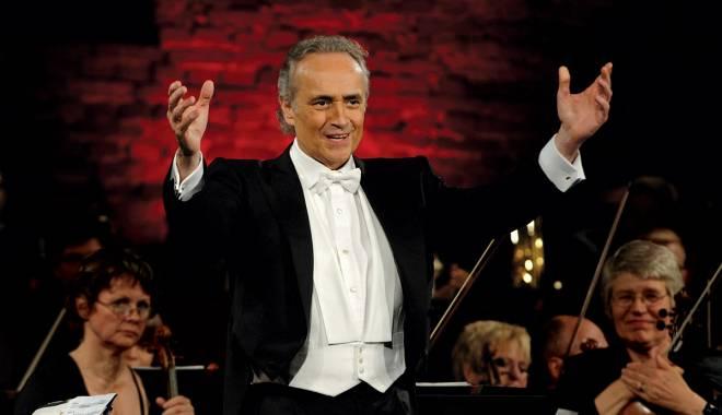 Tenorul Jose Carreras va concerta la București - josecarreras12-1433860603.jpg