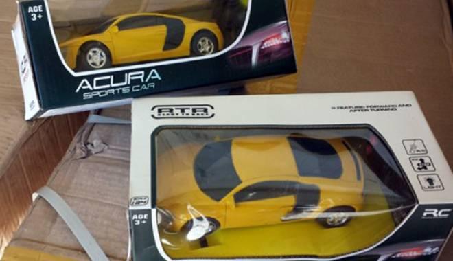 Foto: Maşinuţe contrafăcute, confiscate