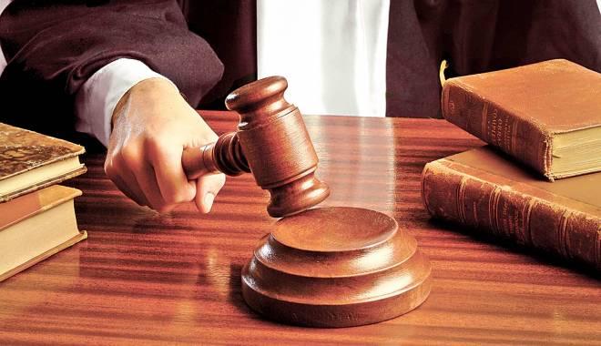 MEDIC CELEBRU, TRIMIS ÎN JUDECATĂ - judecatorinstanta-1432204917.jpg