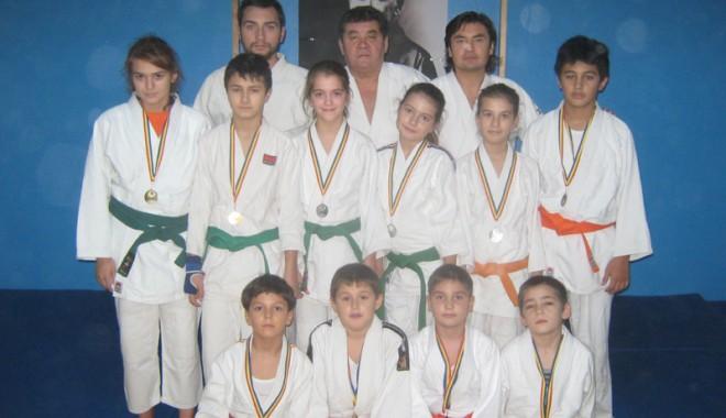 Foto: Judokanii de la LPS, pe podium la Festivalul Românesc