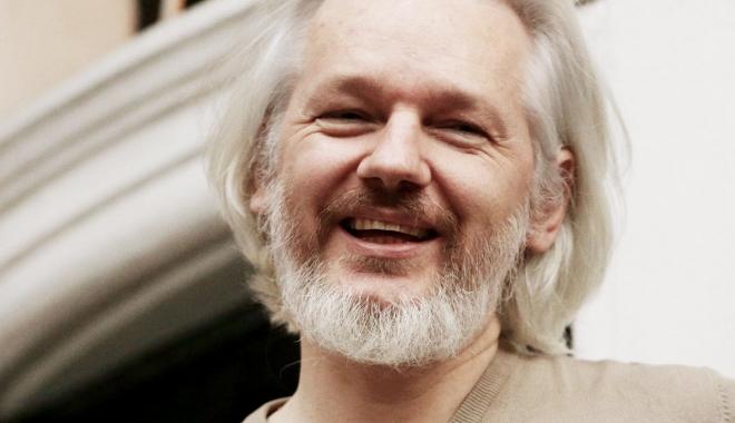 """Foto: Julian Assange dă asigurări că """"nu uită și nu iartă"""""""