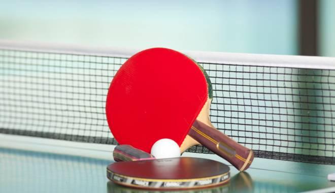 Foto: Juniorii îşi dispută Cupa României la tenis de masă, la Constanţa