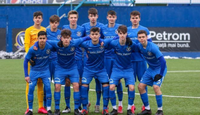 Juniorii Viitorului, o victorie şi o înfrângere în amicalele cu FCSB - juniorii-1614627164.jpg