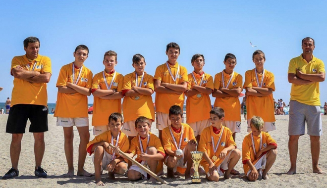 Foto: Juniorii de la AS Spicu Horia au devenit campioni naţionali