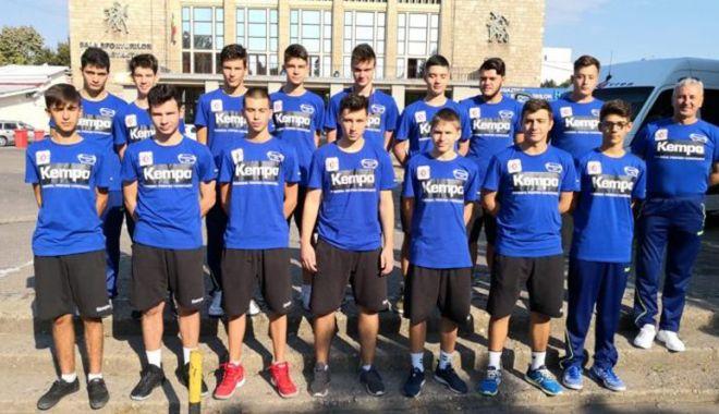 Juniorii Academiei HCDS,  victorii în serie - juniorii2-1539184226.jpg