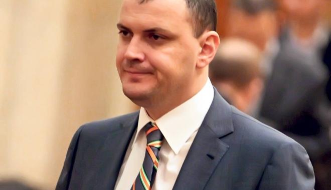 Foto: Sebastian Ghiță scapă de controlul judiciar în dosarul în care este cercetat și Victor Ponta