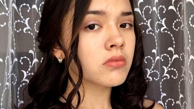 Foto: SELFIE MORTAL. O tânără de 15 ani a fost călcată de tren în timp ce se fotografia