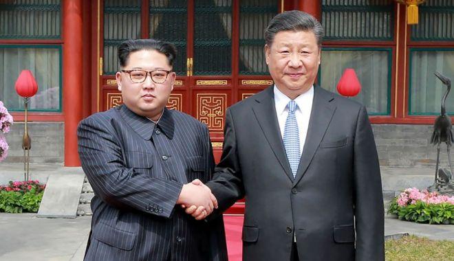 Foto: Xi Jinping va face luna viitoare prima sa vizită la Phenian