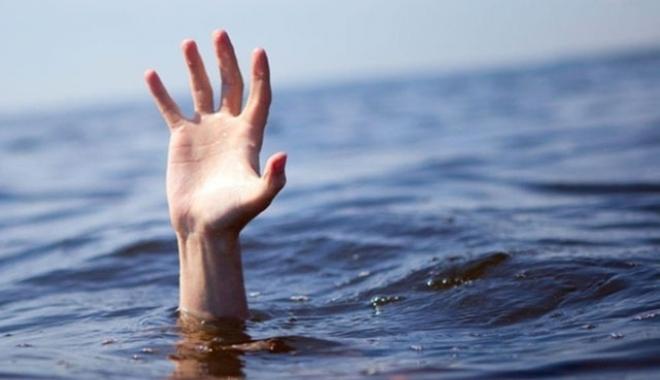 Foto: Zi blestemată! Încă o persoană în pericol de înec, la Mangalia