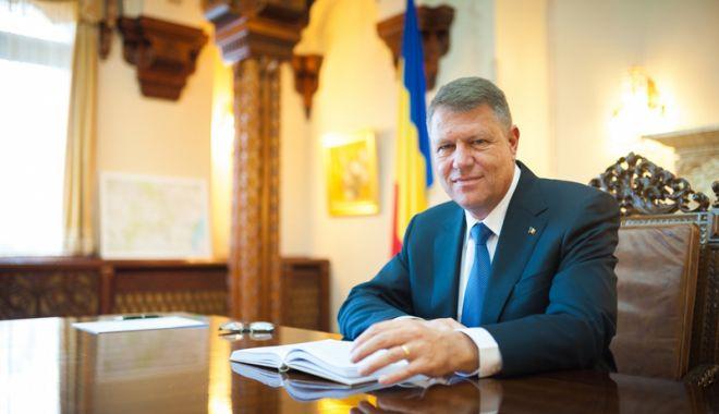 Foto: Klaus Iohannis, consultare  pe tema referendumului. PSD  îl somează să anunțe întrebarea