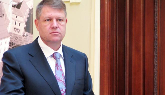 Foto: Klaus Iohannis a promulgat legea referitoare  la incompatibilităţile parlamentarilor