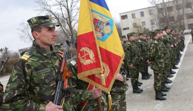 Imagini de colecţie! Militari români, misiune specială în Kosovo, 2005 - kosovo4-1523542806.jpg